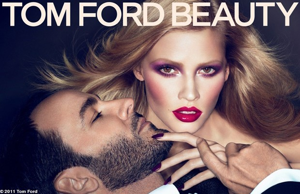 Lara-Stone-Tom-Ford-for-Tom-Ford-Beauty-Fall-Winter-2011.12-01